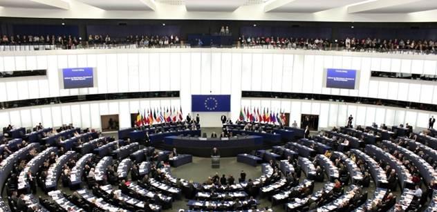 To se asi podřekl: Vyjádření politika EU k uprchlíkům naštvalo mnoho lidí. Vy můžete číst více