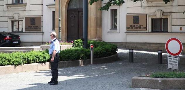 Úřad vlády: Příležitosti prohlédnout si paláce Úřadu vlády využilo přes 1700 návštěvníků