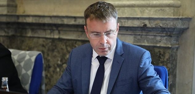 Ministr Kremlík: Nový systém elektronických dálničních známek přinese řidičům vyšší komfort