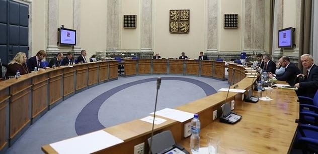 Babiš po jednání vlády: Tradiční strany nic nedělají. My jednáme v Bruselu