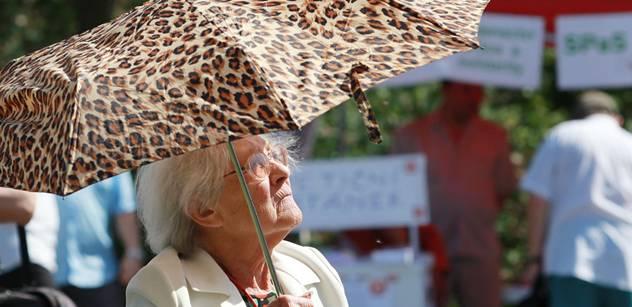 """Varování seniorům: """"Šmejdi"""" budou opět ve výhodě"""