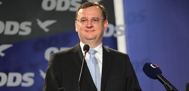 Podle opozice nemůže koalice vládnout dál, je třeba nových voleb
