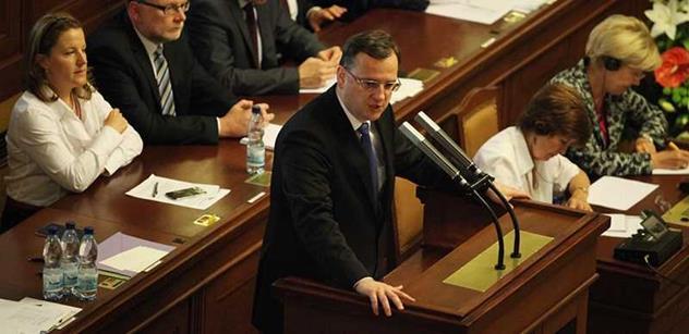 SLEDUJEME: Ódéesáci jdou před soud, v politice to vře