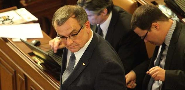 Expert ke strkanicím ve sněmovně: Kalousek se v nové pozici vyžívá