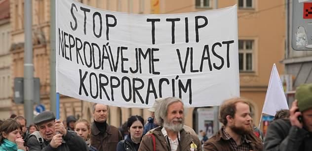 Expertka z Německa a odpůrkyně TTIP vystoupila v Praze. Tyto podivnosti prý kolem smlouvy probíhají