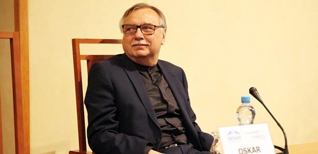Profesor Krejčí: Rusové by byli blázni, kdyby zabili Skripala. A my prostě věříme spojencům jako při bombardování Jugoslávie. Jsou zde věci o Putinových volbách, které se u nás neví