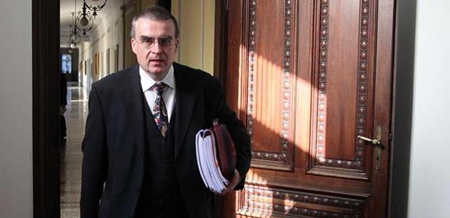 """Ministr Žák nám řekl tyto velmi zajímavé věci o """"neschopné"""" Němcové i o Baťovi"""