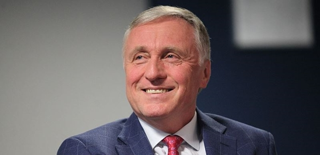 Topolánek by dal prezidentské vyznamenání Zdeně Mašínové. Babiš podle něj nazývá korupčníky ty, které zkoušel uplatit a nevyšlo mu to