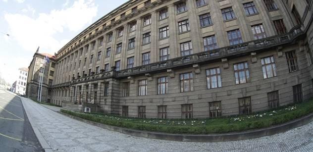 Stát získal na kaucích za palubní jednotky až 615 milionů korun
