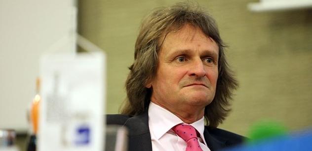 Děkan Miroslav Ševčík: Zrušte sankce proti Rusku. Rusů se nedotkly. Havlova hloupost, že jsme odešli. Čekají nás problémy