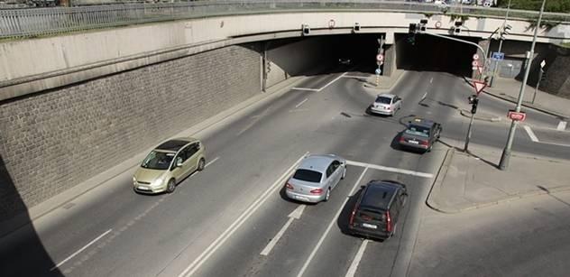 Ministerstvo vypsalo tendr na nového provozovatele registru aut