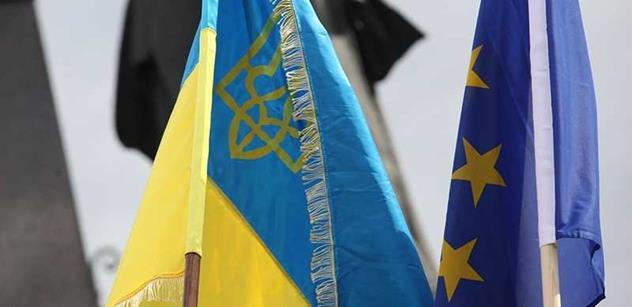 Brutální ukrajinský analytik vyplísnil kyjevskou armádu za neschopnost. Pak se otřel o nás a Slovensko