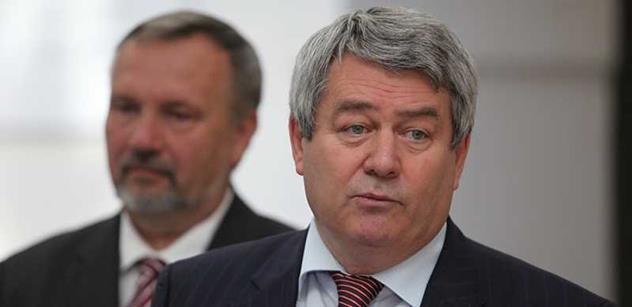 Filip (KSČM): Vladimír Remek je vhodnou volbou na post velvyslance