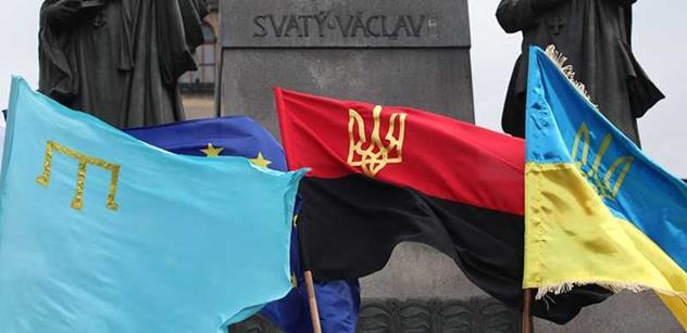 Pavel Šafr: Stydím se za názory Čechů k Ukrajině. Napsat, že za pád letadla mohou USA, je jako říct, že za Osvětim mohou Židi, pane Humle