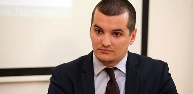 """Jakub Janda označil Daniela Beneše, šéfa ČEZu, za """"mafii"""""""