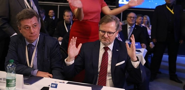 """""""Čau woe, a pozdravuj v tom Brně."""" Fiala má našlápnuto k hroznému konci v čele ODS. Do hry se vracejí nejostřílenější mazáci partaje"""