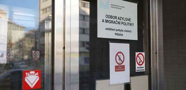 SUZ: Zastávku u Brna uklízeli v rámci akce Ukliďme Česko i žadatelé o mezinárodní ochranu