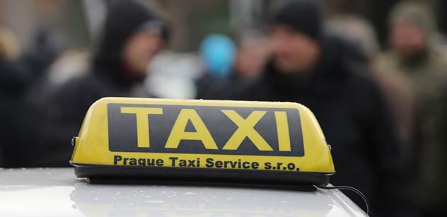 Taxikáři budou dnes znovu protestovat proti službám typu Uber