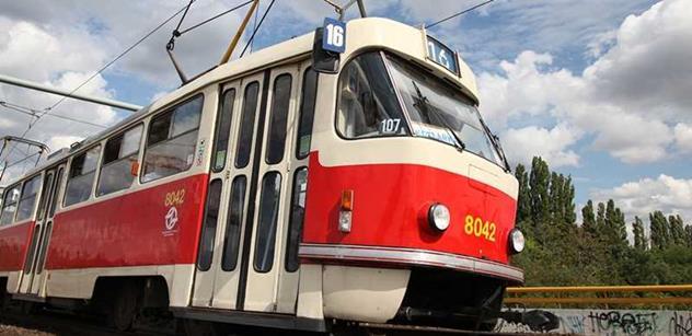 V pražské MHD budou od července roční kupony levnější o 1100 Kč