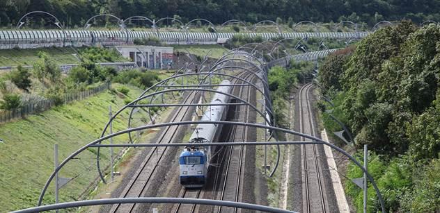 Ústecký kraj: Vlak, autobus a některé MHD bude možné použít s jedinou jízdenkou