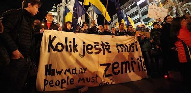 """Čeští Ukrajinci dohodě nevěří. Vládu by dali někomu """"z lidu"""""""