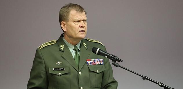 Generál hájil letouny nakoupené Parkanovou. Ale pak mu státní zástupce připomněl jeho vlastní slova