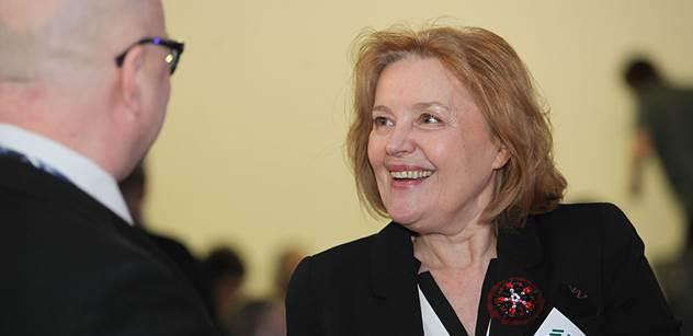 Magda Vášáryová se v Praze bila za uprchlíky. Proti ní řekl šéf MF DNES: Migrační vlna je organizovaná. Média se pasují do role politiků a válcují realitu jedním směrem