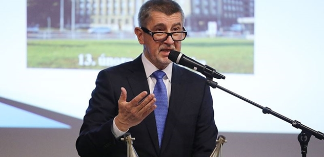 Václav Makrlík: Babiš mě rozhodně neplatí. Ale musím se ho stejně zastat. Ve svých letech se ničeho nebojím