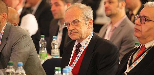 Kníže Lobkowicz z TOP 09 nejen k Rusku: Doufejme, že se k moci nedostane absolutní blázen. Nebezpečím jsou národy se zcela jinou kulturou