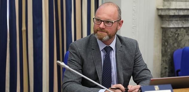 Ministr Plaga: Zákon je důležitý pro řešení nedostatku učitelů v regionálním školství