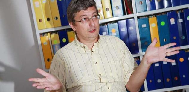 Religionista: Odpor k církvím je zvláštní, za masakry mohou ateistické režimy