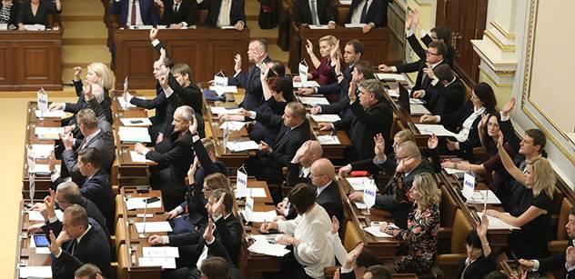 ANO, ČSSD, KSČM... Co mlčíte, chlapci? Ve Sněmovně jsme se včera dozvěděli zajímavé věci