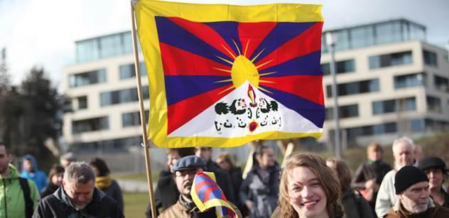Policie nikomu nenařizovala, aby sundával tibetské vlajky, říká mluvčí