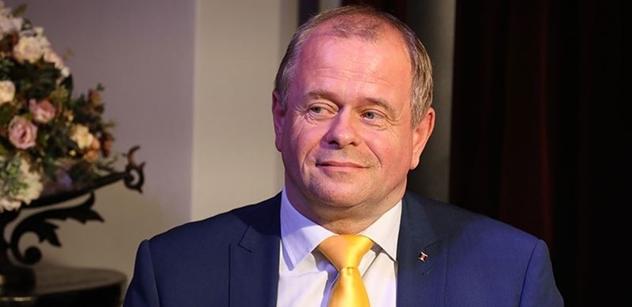 Soukromníky dál povede Petr Bajer, chce spolupráci na pravici