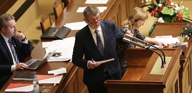 První výročí Babišova politického selhání: Nedokázal získat důvěru Sněmovny
