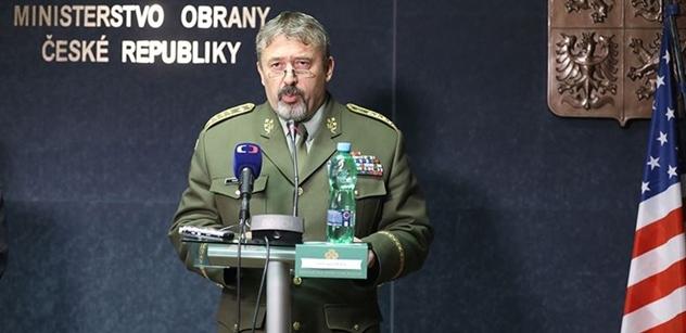 Prezident Zeman promluví před veliteli armády