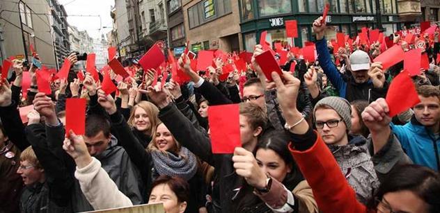Studentské organizace: Distancujeme se od chování účastníků včerejšího pietního setkání na Albertově