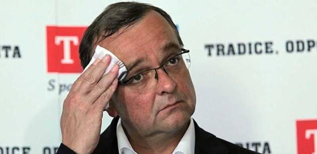 Kalousek: Za vyřčené výroky se hluboce stydím a europoslancům se omlouvám