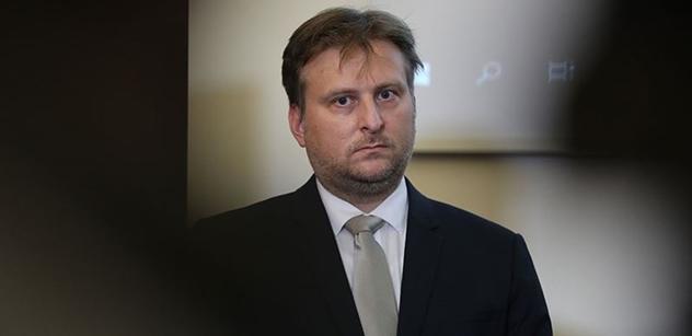 Ministr Kněžínek se vyjádřil k Mynářově kauze. Vidí to takto…