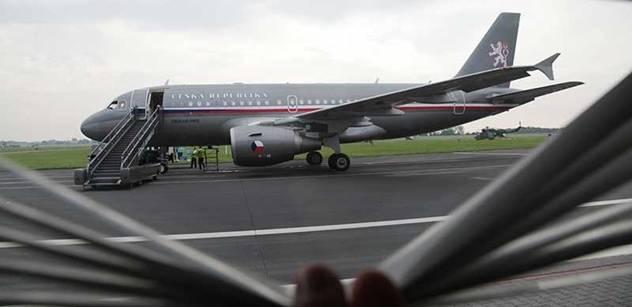 Odvolaný šéf hradeckého letiště dostane zlatý padák půl milionu
