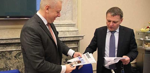 Exministr sleduje odchod Sobotky z čela ČSSD a toto prohlásil o jeho nástupcích Zaorálkovi a Chovancovi
