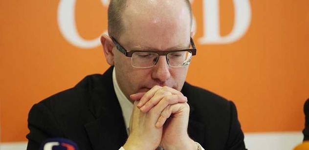 """Politolog mluví o ČSSD a """"zničujícím"""" riziku spojeném s Rusnokem"""