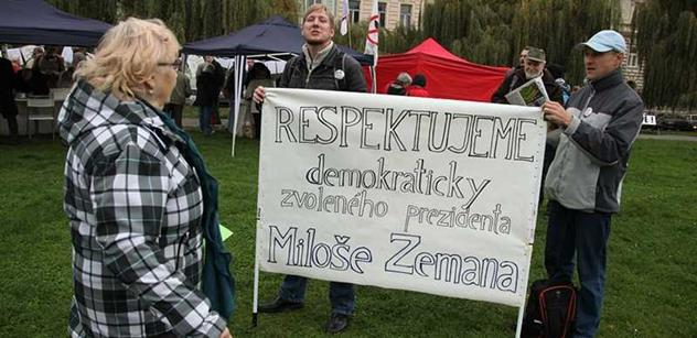 Zfanatizovaní demonstranti, manipulace ČT. Otřesné, bouří šéf SPO Veleba po včerejší akci proti Zemanovi a vyzývá: Probuď se, mlčící většino!