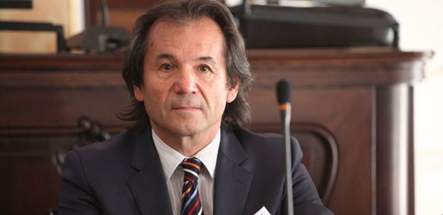 Bezpečnostní složky už musí být unavené, říká po masakru v Nice Andor Šándor