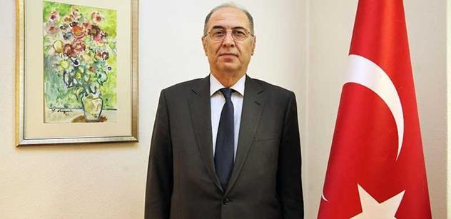 Turecký velvyslanec Bigali: Nesouhlasíme s politikou Ruska na Ukrajině. A ropu od IS nekupujeme. To není pravda