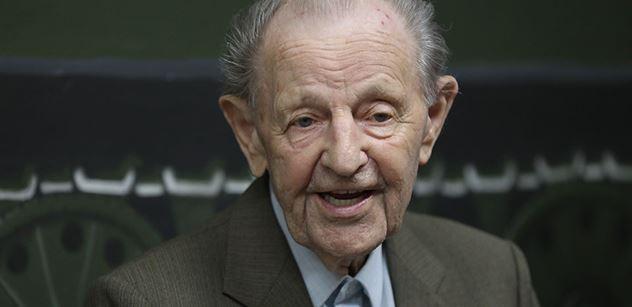 Zemřel komunistický funkcionář Miloš Jakeš. Dožil se 97 let