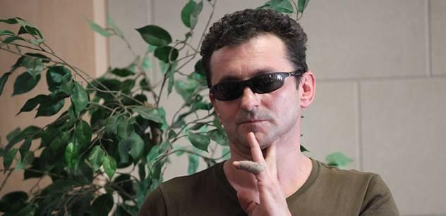 Herec Ondřej Vetchý: Vážně jsem uvažoval, že musím něco udělat, že třeba zabiju Husáka