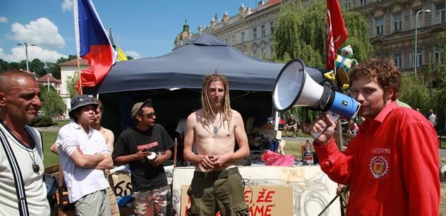 Soud s pražskou Occupy odročen, šéf strážníků v Praze 1 ztratil paměť