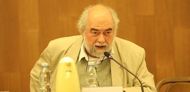 Zasvěcený Jan Schneider, disident a zpravodajec: Hlavní hrdina roku 1989 byl Gorbačov. Ale proroci vždycky dopadají špatně