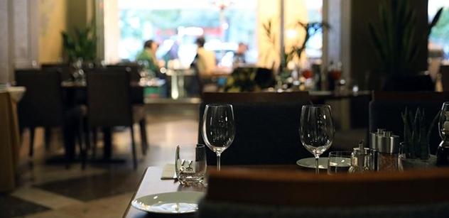 Odložit splátky, omezit mzdy i personál... Restauratér chladně vypočítává, jak přežít uzavření podniku kvůli koronaviru
